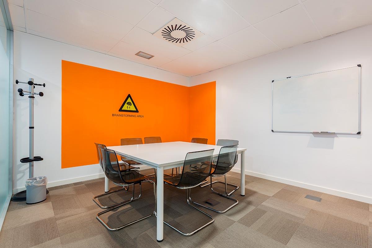Sertram Meeting Room (1)